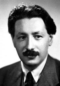 Ernst_Boris_Chain_1945